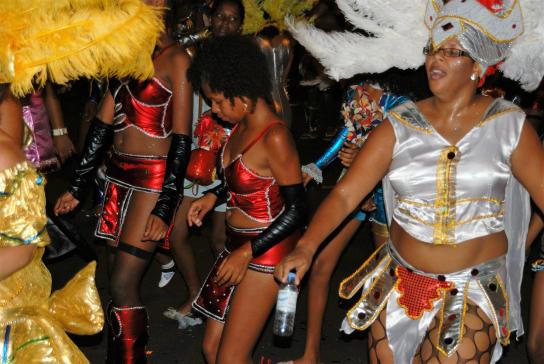carnival-mindelo-apm13